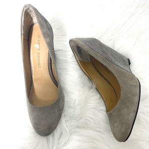 Audrey Brooke Daphne Gray leather Upper Wedge 6.5